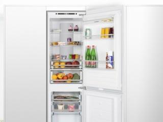 Перенавешиваемые двери в холодильниках Maunfeld